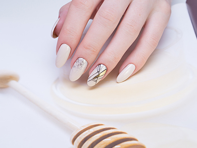 Hollywood Nails Salon | Melbourne Beauty & Nail